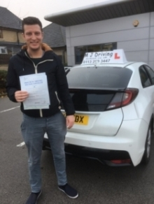 Best Driving Lessons Leeds - Pass Practical Driving Test Leeds
